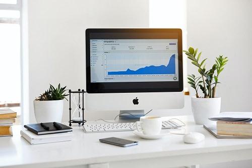 Analytics on the Mac Book